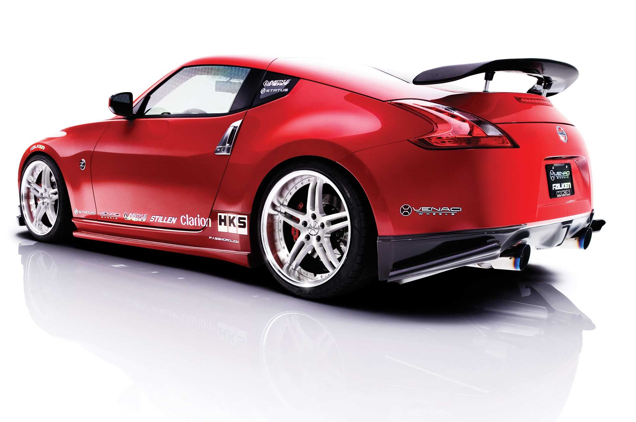 is nissans z the car for you 370z (1)