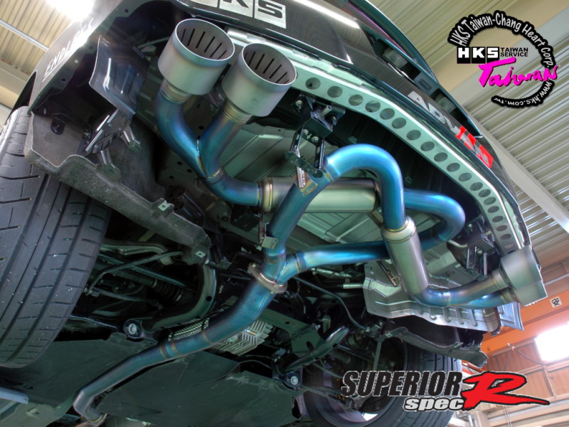HKS Superior spec r exhaust04